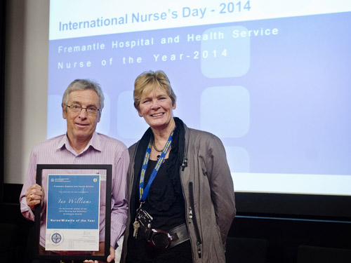 Ian Williams accepting his Nurse of the Year Award, with Executive Director of Nursing, Midwifery and Patient Support Services Prof Ruth Letts.